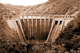 島根県:三成ダム(トップ / 環...